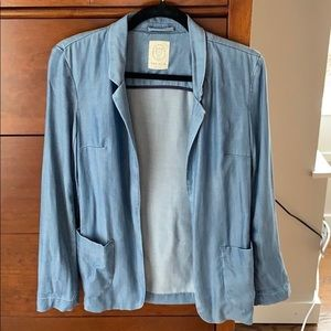 Aritzia Talula Chambray Relaxed Fit Blazer